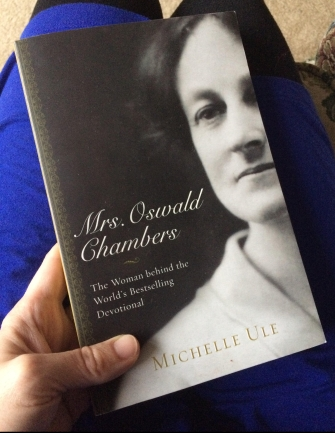 A picture of the cover of the book Mrs. Oswald Chambers.